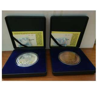 Commemorative proof coin