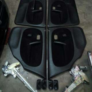 Door Trim L5 Hitam