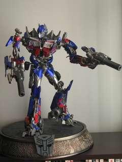 Sideshow Optimus Prime Maquette
