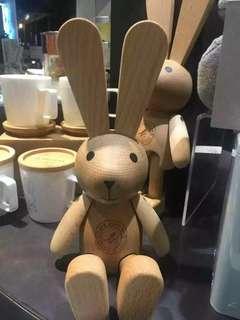 agnes b. DELICES可愛原木巨型兔子木偶 限量款