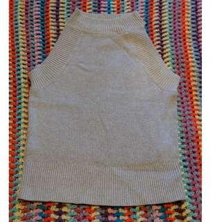 Monki grey knit top - NWOT