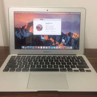 Macbook Air 11inch Early 2014 - Mulus