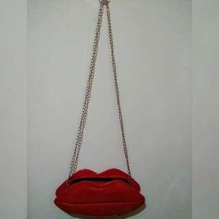 Clutch Lips 💋