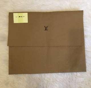 Ready in Jakarta, Authentic dustbag Louis Vuitton 34x27cm