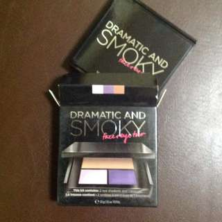 VICTORIA SECRET SMOKY EYE SHADOW PALETTE
