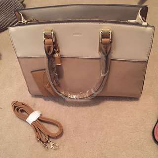 Aldo Tan handbag with strap