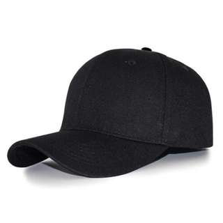ADJUSTABLE BASEBALL CAP