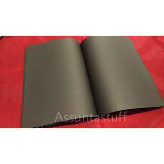 BLACK PLAIN NOTEBOOK