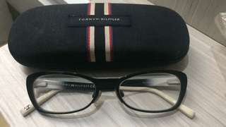 Kacamata ORI tommy hilfiger