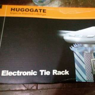 Electronic tie rack
