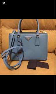 Prada killer bag -