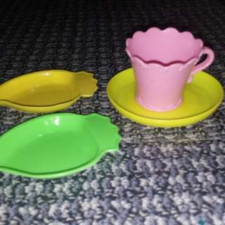 Plates and Cup Set