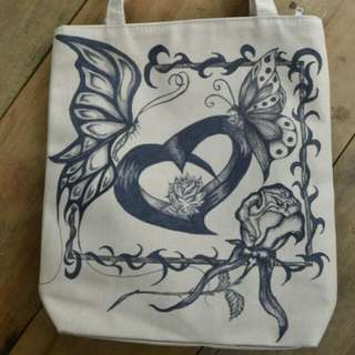 Tote bag with hand drawing,,