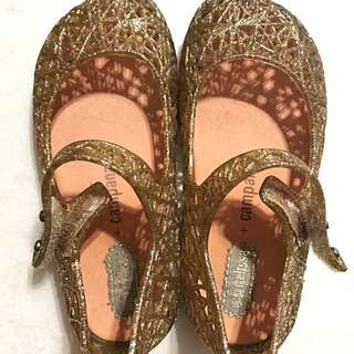 Mini Melissa (Gold) US size 7 (for 18 months onwards)