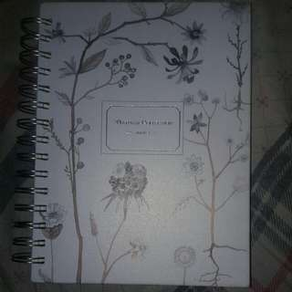 White notebook A5 120 pages
