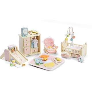 Sylvanian Families Baby room set in pink