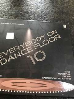 Everybody on dance floor 10th edition