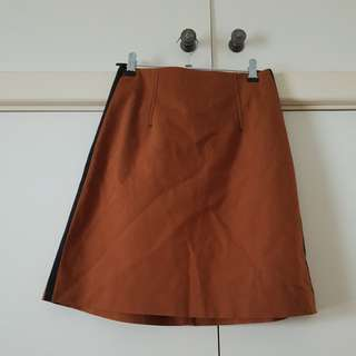 Cue Brown A Line Knee Length Skirt Size 6/XS (fits up to 8)