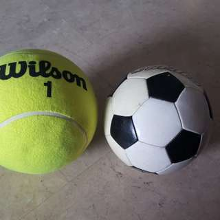 Wilson tennis ball huge