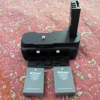 Battery Grip For Nikon D3000