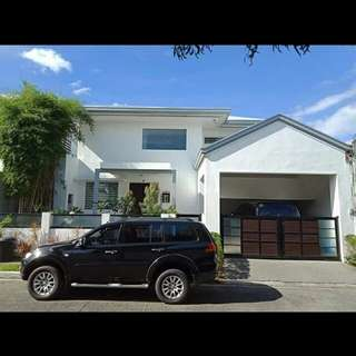 House and lot for sale (Tahanan village) BF Homes Paranaque