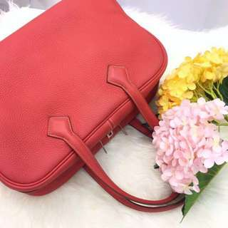 🌸Excellent Deal!🌸 Save 50%! Very Good Condition Hermes Victoria 35 in Rouge Pivoine Clemence Leather PHW