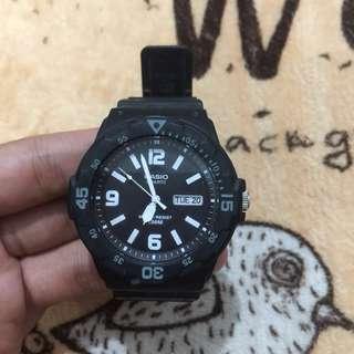 Casio Quartz Watch / Black