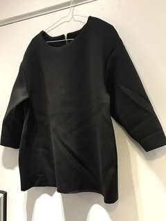HM黑色太空棉 H&M圓領中䄂上衣 HM上班服 HM black top