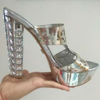 Miu miu with bling glamour silver stiletto
