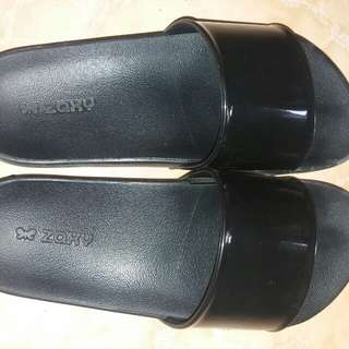 Authentic Zaxy black slip on