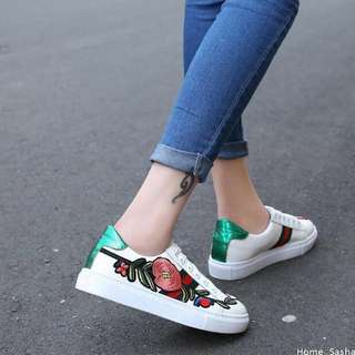 Flower embroidered white ribbon lace up shoes