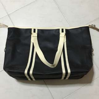 Large weekends/ travel bag