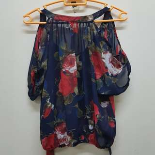 Off Shoulder Floral chiffon Top