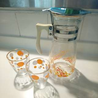 Vintage orange theme jug and glasses