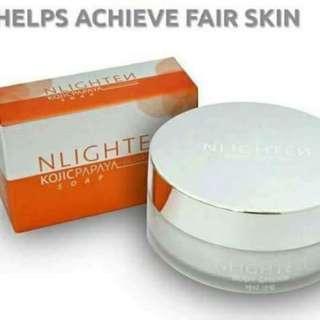 Nlighten body and kojic papaya with glutathione soap