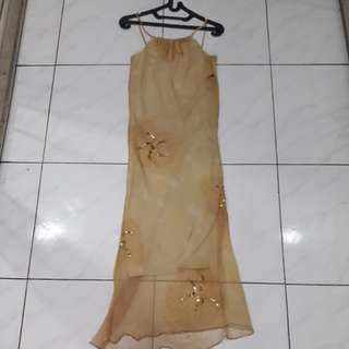 Dress pesta yellow