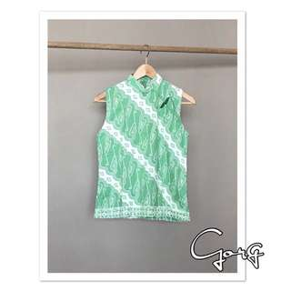Made to order top