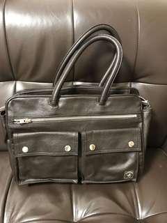 Porter 啡色手挽側背袋