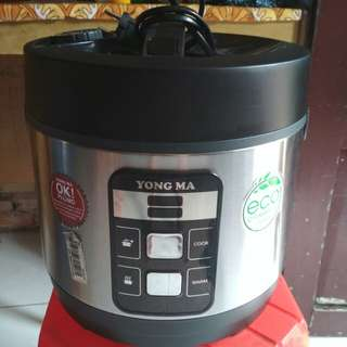 Rice cooker yong ma 2lt