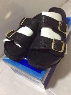 Black glitter sandals/flip flops
