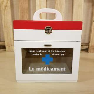 Wooden First Aid Box (ZA038)