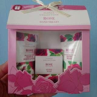 Gift Set - Mini - Marks & Spencer