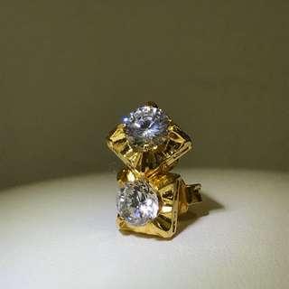 916 Yellow Gold Squarish Russian Diamond Stud Earrings - E028