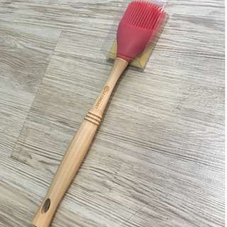 Le Creuset red basting brush