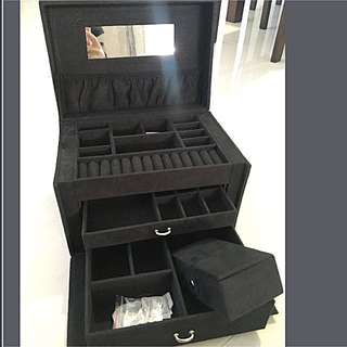 Jewellery box big size black suede