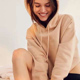 🇺🇸Urban Outfitters-cropped hoodie