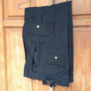 Celana sambungan bisa panjang dan pendek