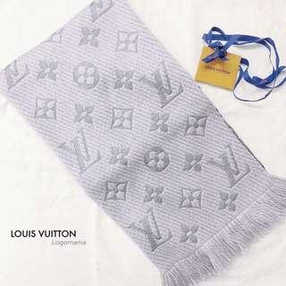 LV Logomania 頸巾