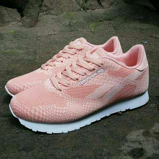 Rebook Clasic for women