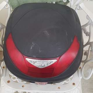 Motorcycle givi box